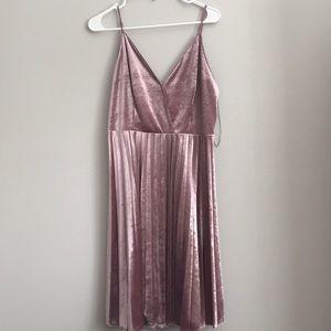 Chelsea Pleated spaghetti Strap Velvet Dress Blush